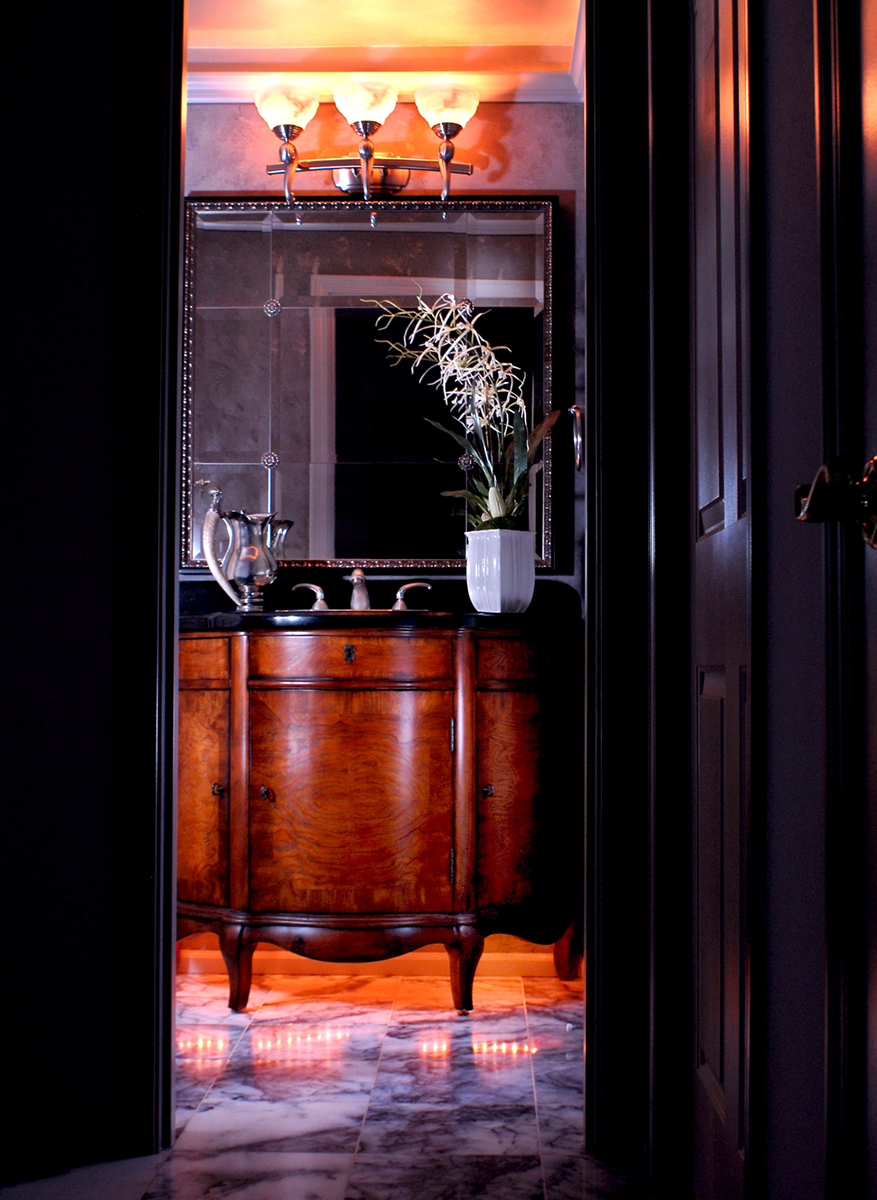 Traditional Luxe Powder Room